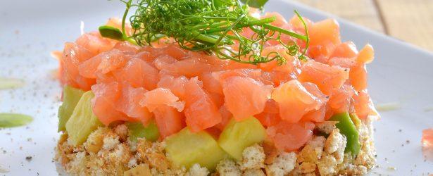 Ricetta Salmone Norvegese Affumicato.Foodlab I Le Migliori Ricette Per Esaltare Il Vero Salmone Affumicato